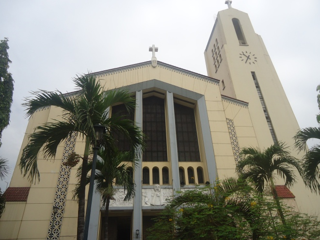 Sto. Domingo Church (Our Lady of Most Holy Rosary - La Naval de Manila), Quezon City